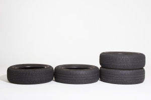 1372268_tires